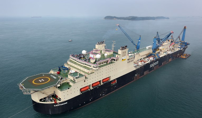 Saipem's Castorone vessel installed the Ichthys-project pipeline
