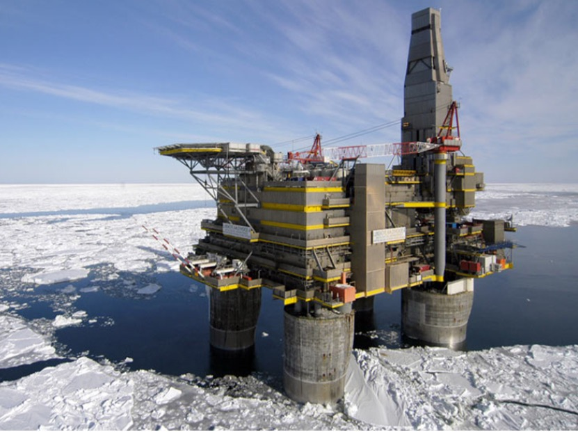 A view from the Sakhalin-1 Project, using the Exxon's Fast Drill technology (courtesy of CSE Transtel)