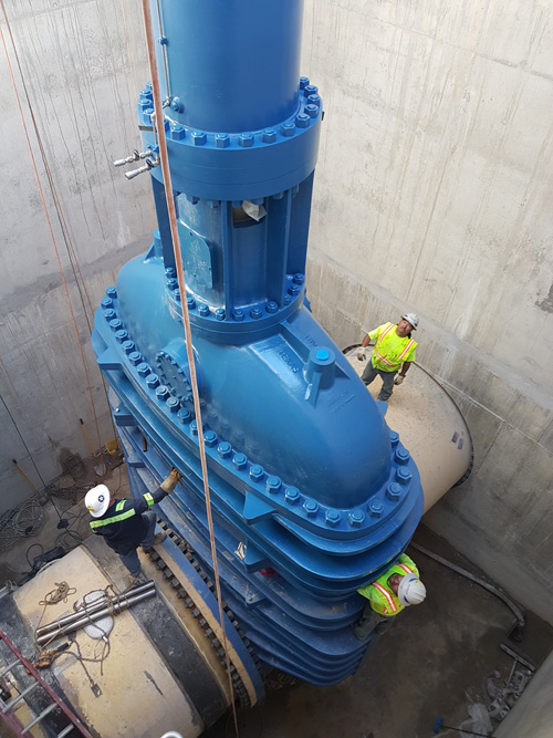 The 100-tons valves installed in the Integrated Pipeline Project in Texas  (courtesy of WaterWorld)