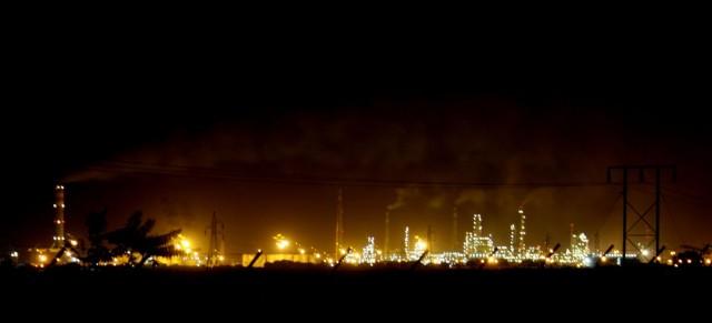 The_Essar_Oil_Refinery.jpg