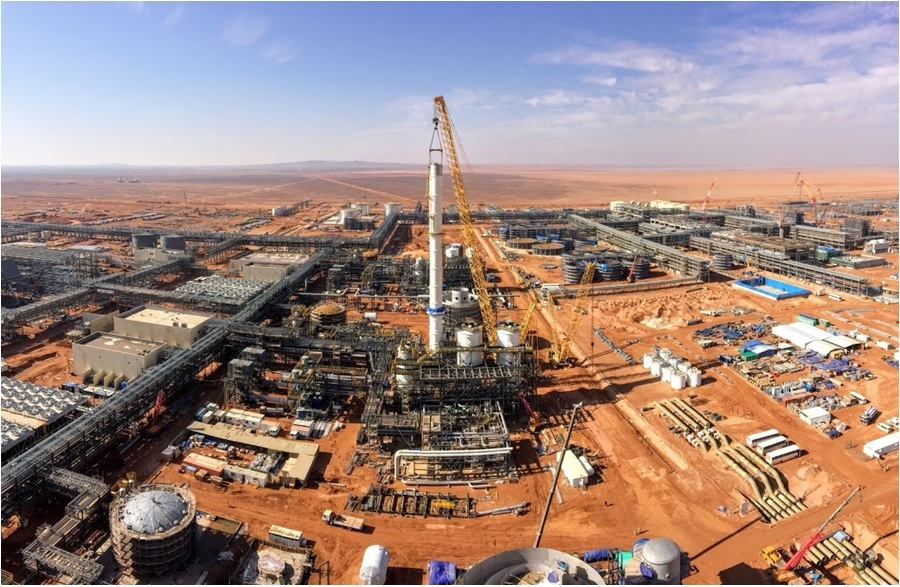 A view from sulfuric acid stack at Ma'aden's Umm Wu'al Phosphate Facility (image courtesy of Business Wire)