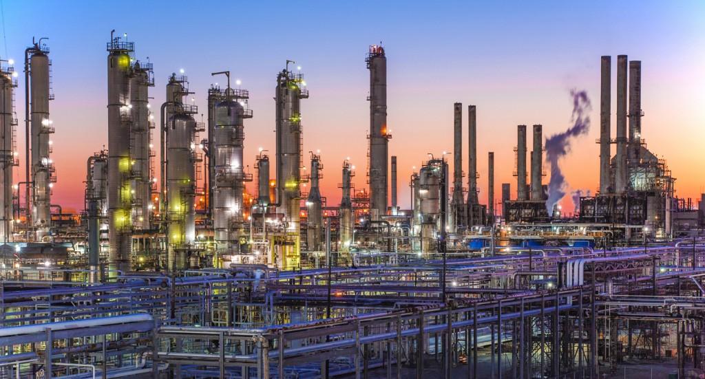 Marathon Petroleum's Galveston Bay Refinery (image courtesy of Business Wire)