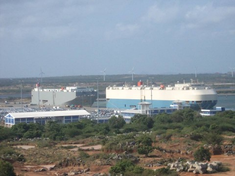 Hambantota_Port_Docks_two_ships.jpg