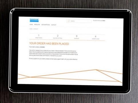 e-track-tablet-1634924049-rszww880-90.jpg