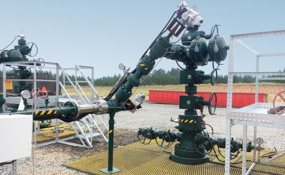 rotork-electric-actuators-powered-by-solar-panels-on-us-gas-production-wells.jpg