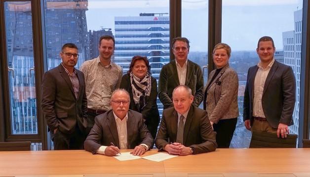 Joop-van-Geffen-Director_CEO-of-Van-Geffen-L-Jim-Hamilton-Director_GM-AES-Engineering-Ltd-R-.jpg