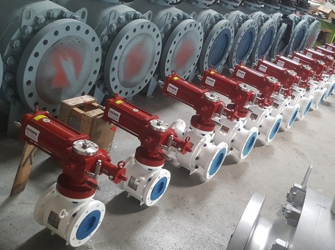 rotork-hydraulic-actuators-used-for-malaysian-oil-field-redevelopment.jpg