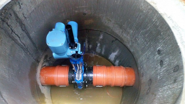 rotork-electric-modular-actuators-controlling-rainwater-storage-after-construction-of-new-road-in-polish-city.jpg